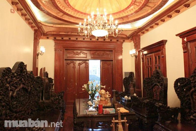 Phòng khách quý phái với phong cách cổ điển