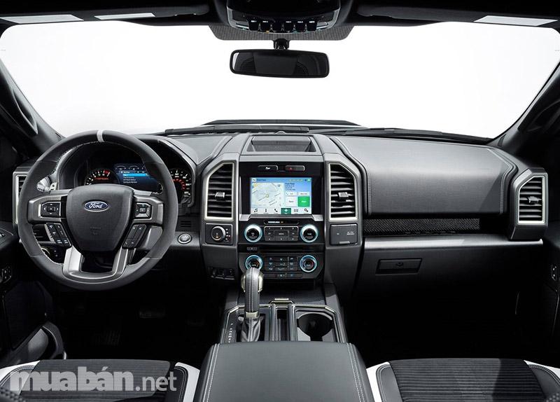 Nội thất, hộp số bên trong xe được trang bị hiện đại với thiết kế sang trọng