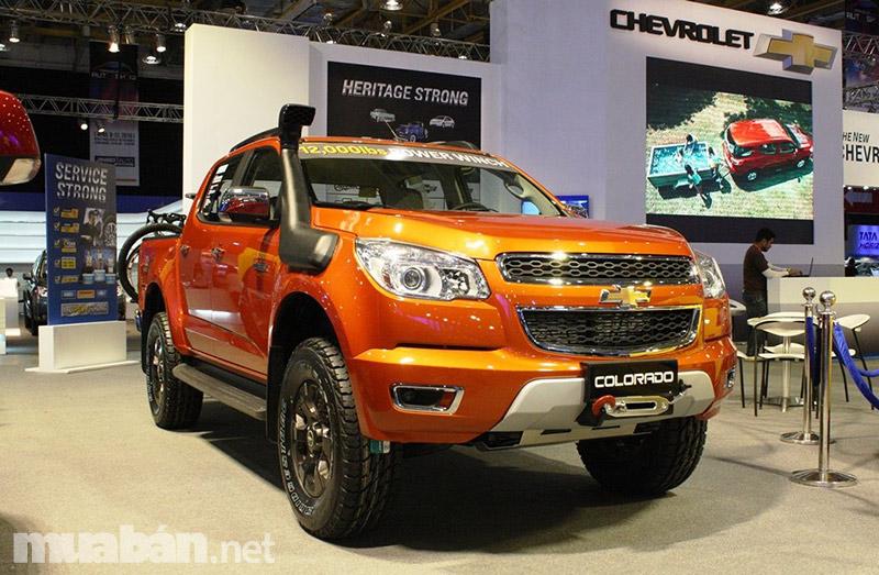 """Ford ranger 2017 được đánh giá là """"ngầu"""" và hầm hố hơn phiên bản cũ"""