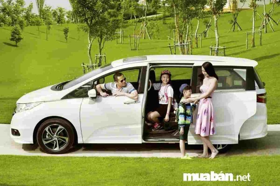 Top 5 ô tô đẹp đáng mua dành cho gia đình