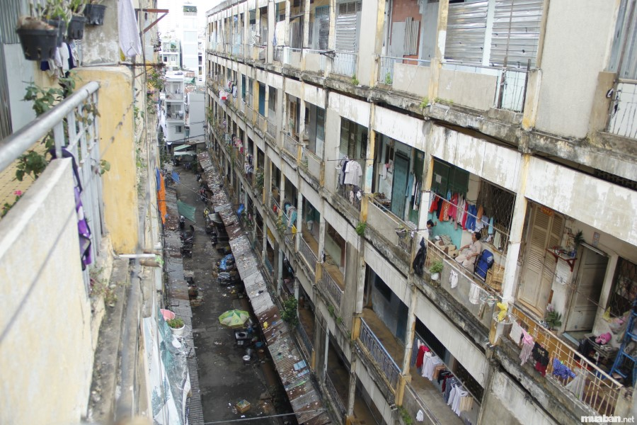 Mua căn hộ chung cư tại TPHCM: Chung cư xuống cấp cần được tu sửa hoặc xây mới