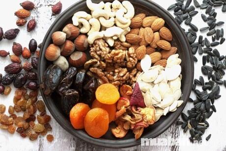 Chú ý đến lượng đường trong thành phần dinh dưỡng khi mua trái cây sấy khô