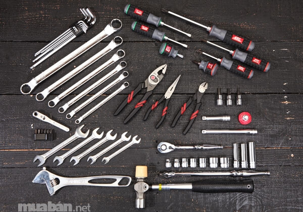 """8 dụng cụ sửa xe mà """"phượt thủ"""" nào cũng nên trang bị trong mỗi chuyến đi"""