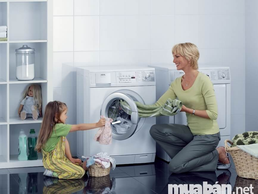 Mua máy giặt cần xem xét khối lượng giặt
