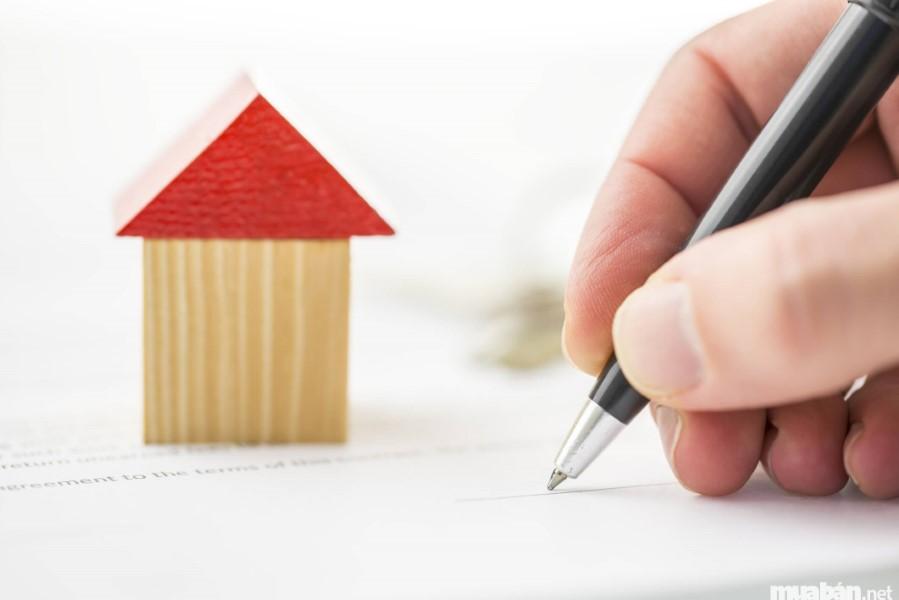 Xem xét trước khi ký thuê nhà nguyên căn