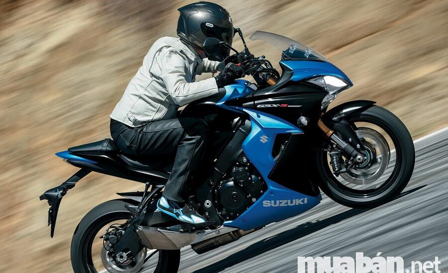 Xe côn tay Suzuki GSX-S150: Kẻ du mục đường phố