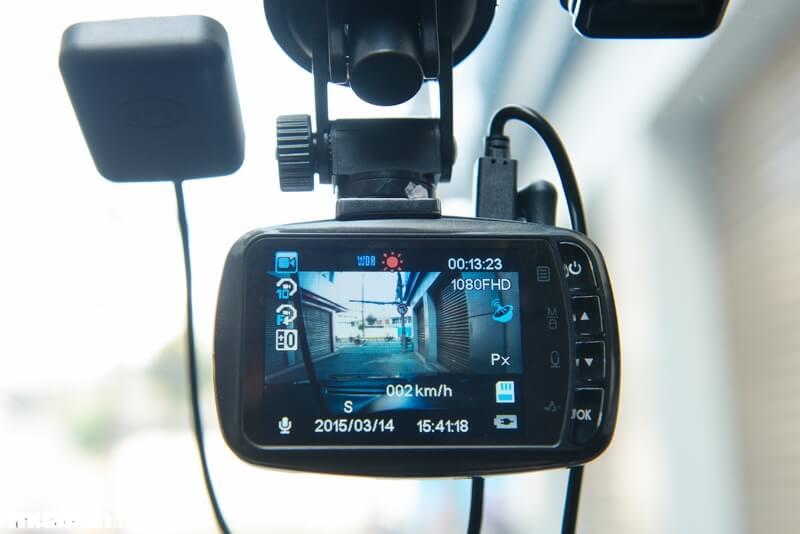 Chọn camera hành trình cho xe hơi cần lưu ý gì