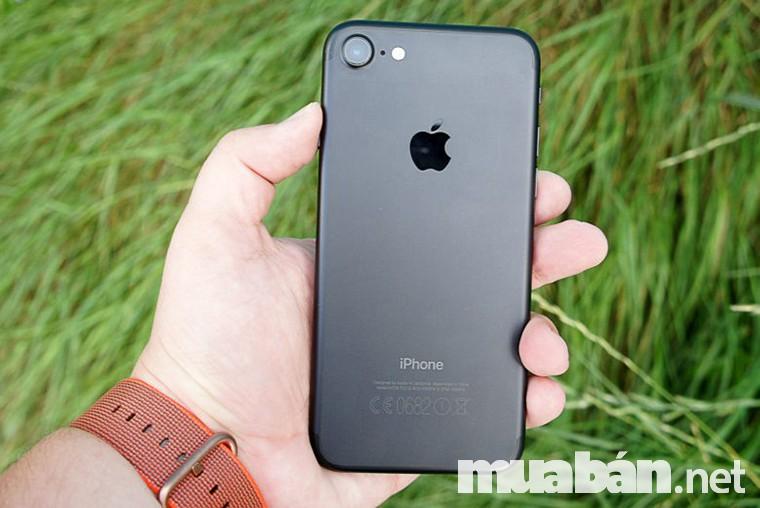 Phiên bản iphone 7 đen mờ