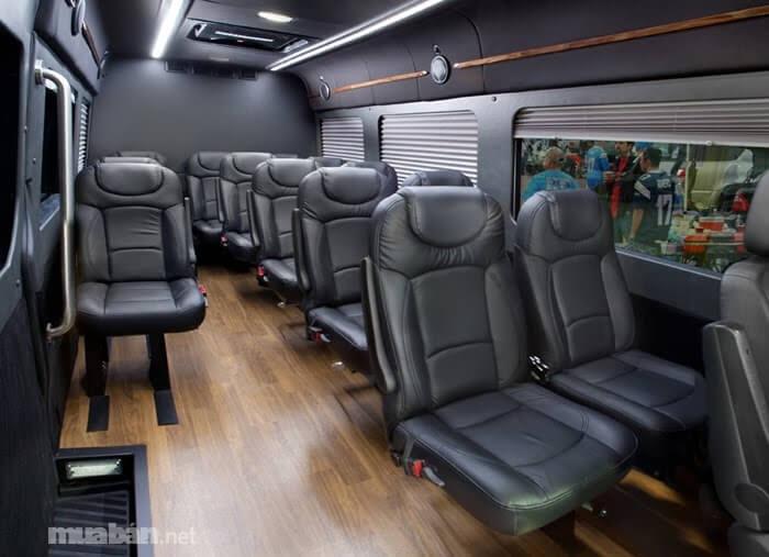 Ghế ngồi trong xe rộng rãi và thoải mái