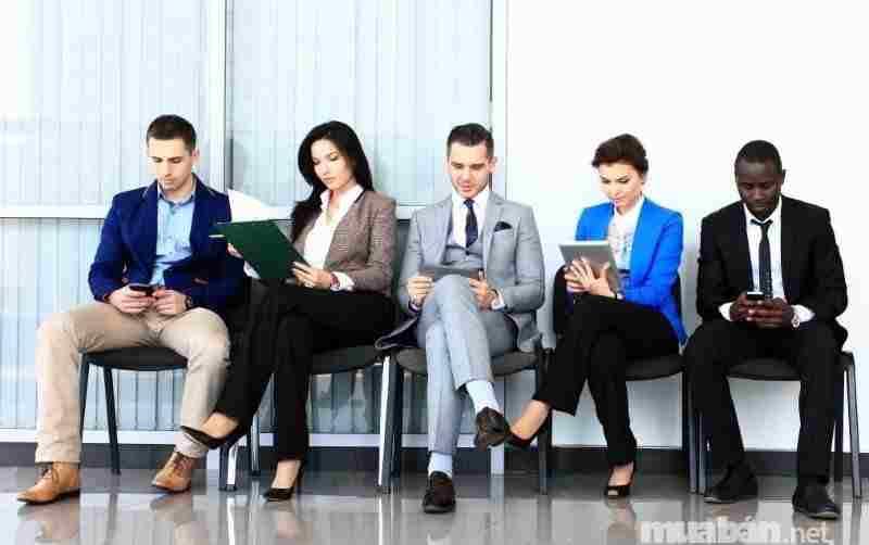 Lưu ý tác phong, hình thức và thái độ khi đi phỏng vấn