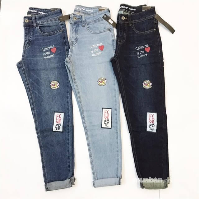 Các mẫu quần jeans xuất khẩu tại UraTV có chất lượng tốt với giá rất hạt dẻ