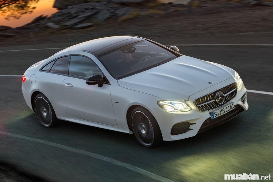 Mercedes E-Class pha trộn giữa phong cách thể thao và nét lịch lãm, sang trọng