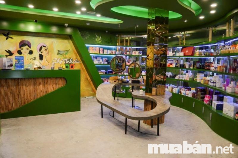 Chợ tình của Boo được xem là nơi tổng hợp các mỹ phẩm đến từ mọi thương hiệu trên thế giới