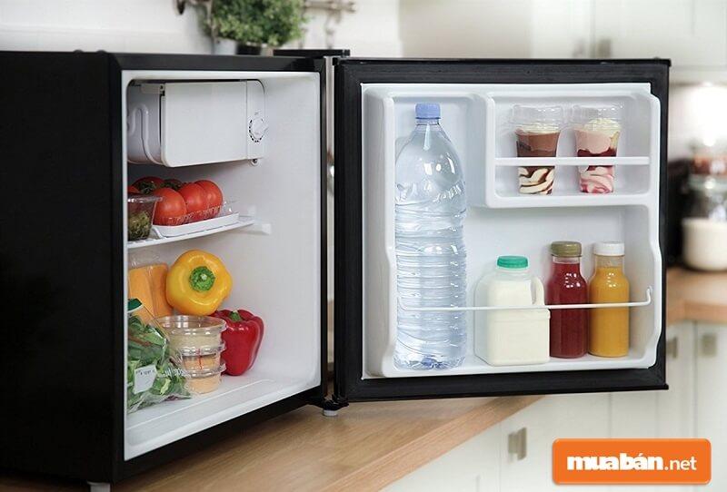 Thị trường tủ lạnh nước ta lúc nào cũng sôi động với các thương hiệu tên tuổi như tủ lạnh LG, Samsung, Toshiba hay Aqua.