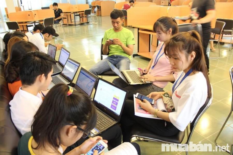 Có nhiều website tuyển dụng uy tín giúp sinh viên tìm ra việc làm phù hợp