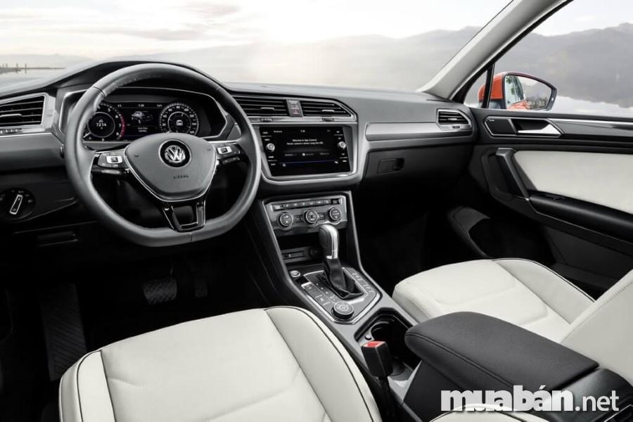 Volkswagen Tiguan Allspace 7 chỗ 2018