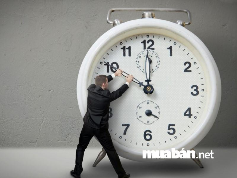 Thời gian là yếu tố tiên quyết quyết định bạn có thể làm được nghề tay trái hay không.