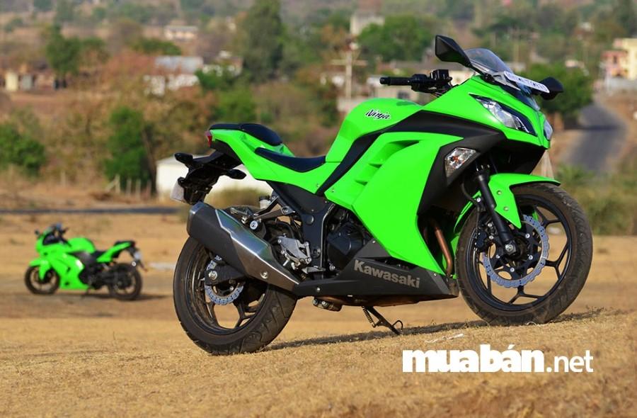Kawasaki Ninja 300 có vẻ ngoài mạnh mẽ và ấn tượng.