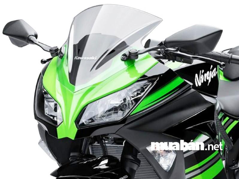 Vẻ ngoài mạnh mẽ và ấn tượng của Kawasaki Ninja 300.
