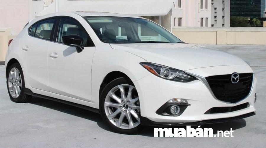Mazda 3 đang là mẫu xe được rất nhiều người Việt ưa chuộng.