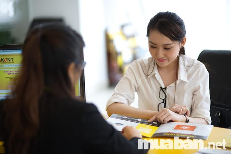 Thuê dịch vụ tư vấn luật để đảm bảo pháp lý