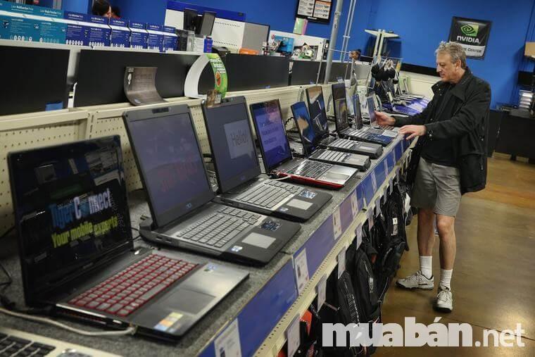 Khi mua laptop cũ giá rẻ cần phải kiểm tra cũ các chi tiết