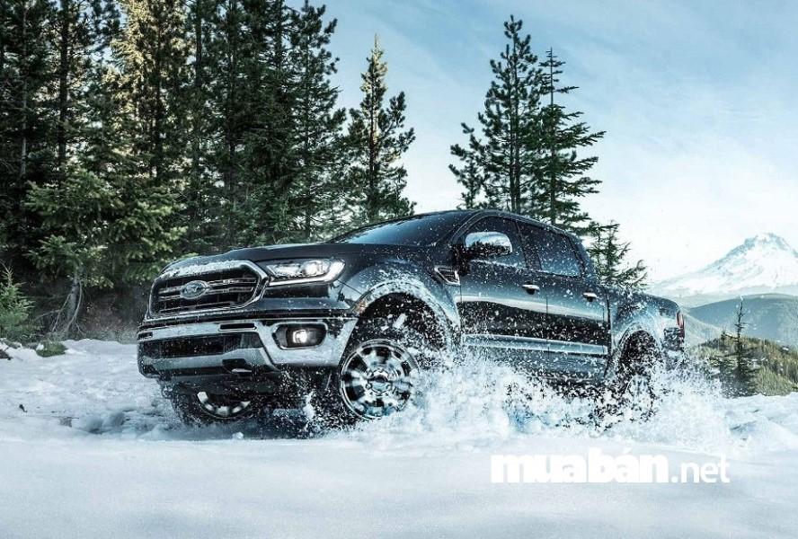 Ford Ranger 2019 mạnh mẽ, an toàn và ấn tượng.