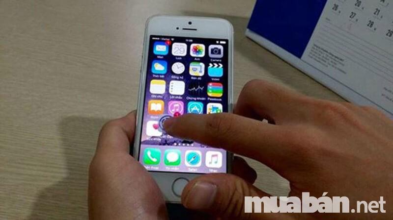 Không thể bỏ qua việc kiểm tra cảm ứng khi mua Iphone cũ