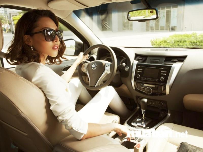Lái xe tự do phải tự túc phương tiện.