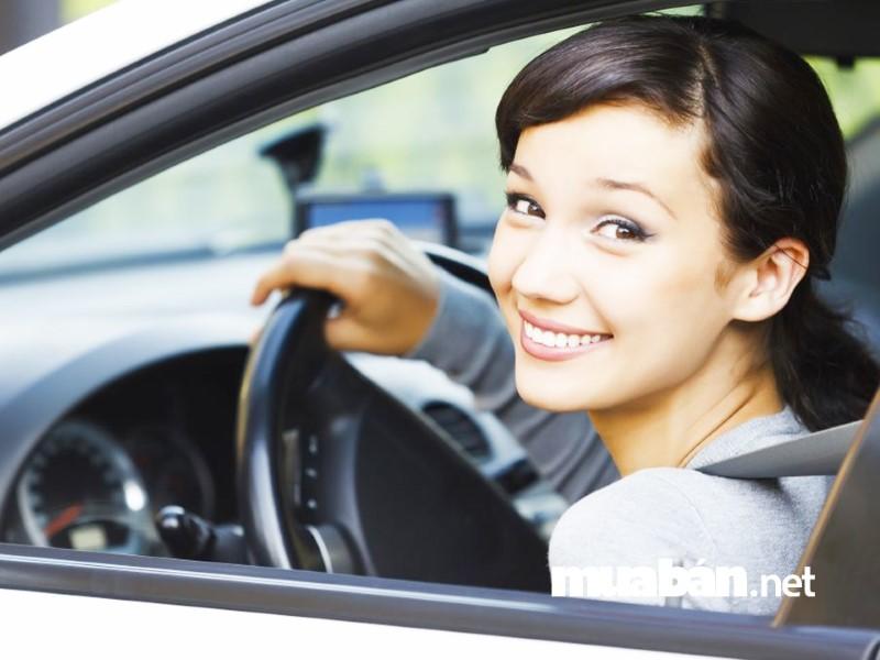 Lái xe tự do rất linh động về thời gian.