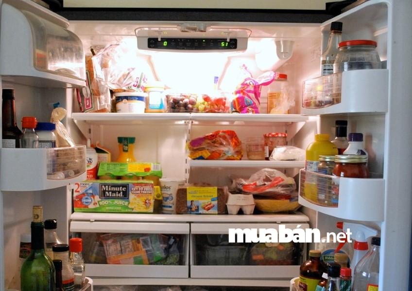Đảm bảo nhiệt độ phù hợp để tủ lạnh sử dụng điện năng hợp lý.