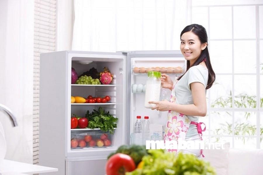 Chọn dung tích tủ lạnh phù hợp với nhu cầu sử dụng.