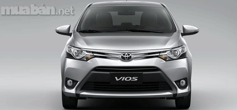 Toyota Vios 2018 là dòng xe bán chạy nhất tại thị trường Đông Nam Á ngay khi vừa ra mắt. Đến nay, sức hút của nó vẫn chưa dừng lại, được giới xe cộ Việt Nam săn đón từng ngày. Sở hữu thiết kế sang trọng với kiểu dáng thể thao hiện đại cùng động cơ êm ái, Toyota Vios hứa hẹn sẽ gây sốt tại thị trường Việt Nam trong những ngày tới.
