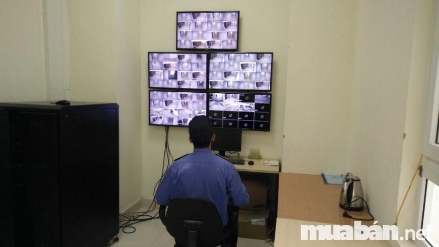 Hệ thống camera và bảo vệ theo dõi an ninh 24/24