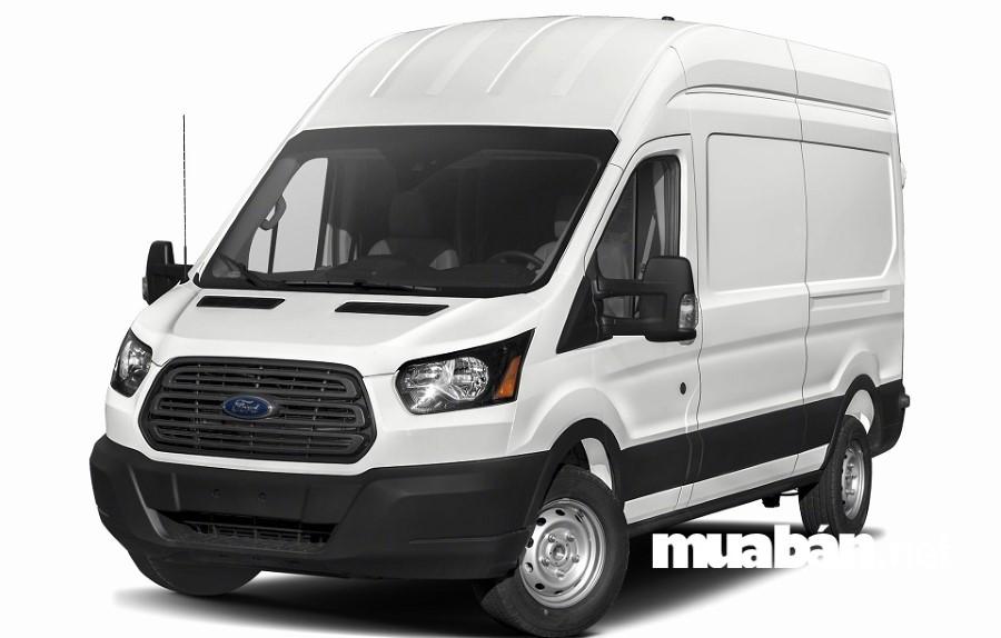 """Ford Transit xứng ngôi """"vương"""" trong dòng xe 16 chỗ."""