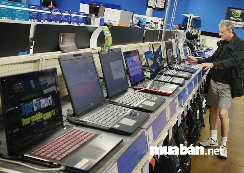 Nên chọn mua laptop cũ ở những địa chỉ tin cậy.