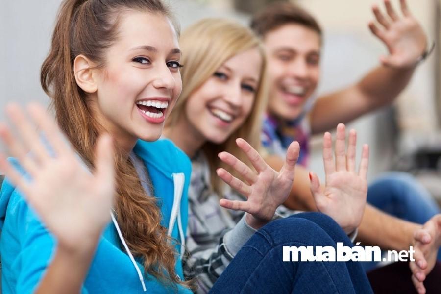 Các bạn sinh viên sẽ có lợi thế nếu biết một vài ngoại ngữ.