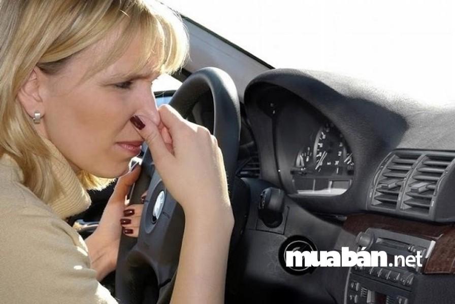 Điều hòa có mùi hôi gây ảnh hưởng rất xấu tới sức khỏe của người dùng.