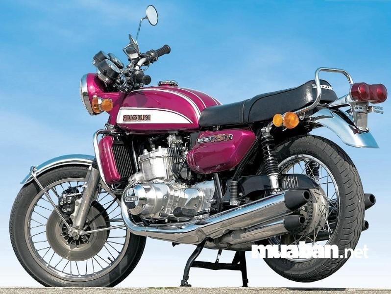 Thương hiệu Suzuki bắt đầu sản xuất xe máy từ năm 1952.