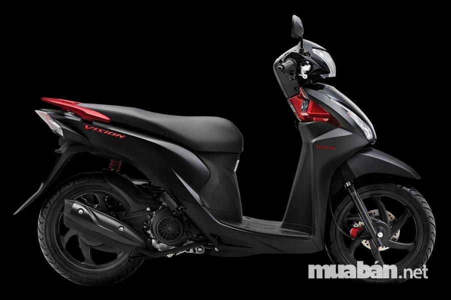 Mặc dù được trang bị động cơ hiện đại nhất nhưng hệ thống động cơ của Vision lại được đánh giá là yếu hơn dòng xe Yamaha. Chiếc tay ga của Honda Vision không thực sự thỏa mãn bởi nó khá cứng và thô vì vậy gây khó khăn cho việc lên ga. Chính vì vậy, nhiều người dùng cảm thấy khá mỏi tay và bất tiện mỗi khi điều khiển.