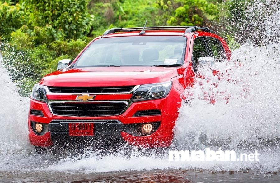 """Khi ô tô bị ngập nước một số bộ phận """"đình công""""."""