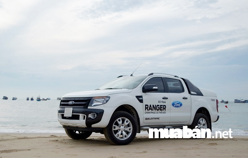 Ford Ranger Wildtrak 3.2L AT