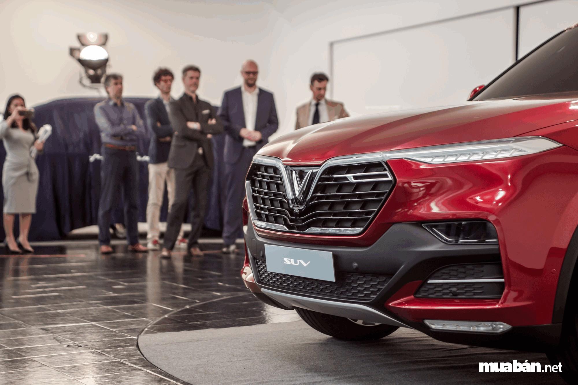 Vinfast trong buổi ra mắt mang tính tầm cỡ Quốc tế tại Paris Motor Show
