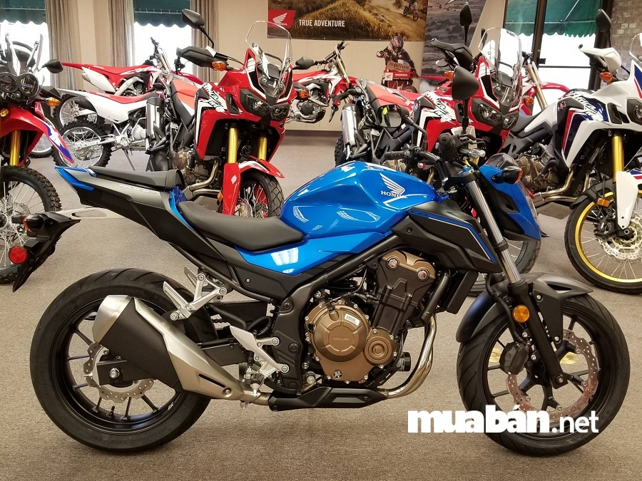 Honda CB500F là dòng xe cỡ trung có kích thước nhỏ gọn và linh hoạt, phù hợp với những ai yêu thích phong cách thể thao