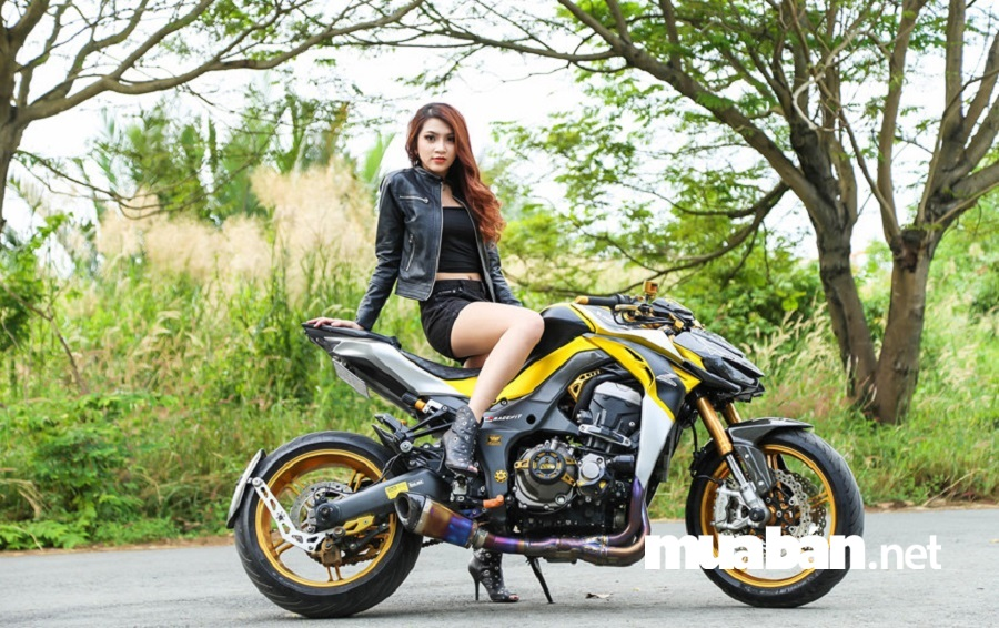 Kawasaki Z125 xe rất thích hợp cho phái đẹp sử dụng bởi trang bị khá an toàn.