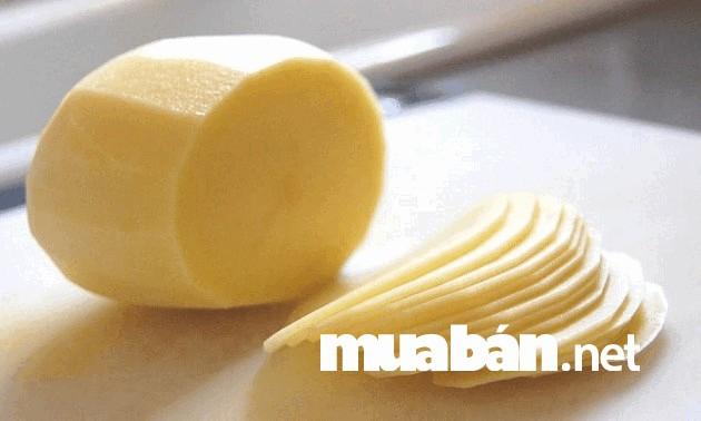 Khoai tây nếu kết hợp với sữa tươi sẽ làm da trắng sáng tự nhiên
