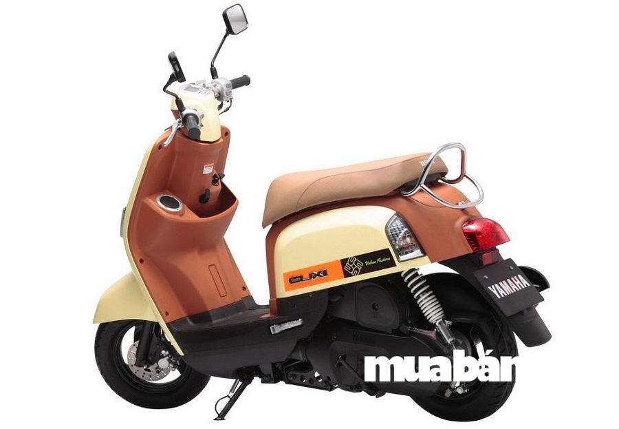 Yamaha Cuxi là dòng xe tay ga đầu tiên của hãng ứng dụng sử dụng công nghệ phun xăng điện tử FI.