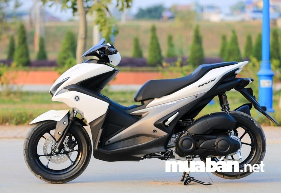 Xe gây ấn tượng với thiết kế thời thượng, cá tính và hơn cả là được trang bị động cơ Blue Core 4 thì SOHC dung tích 155 cc.