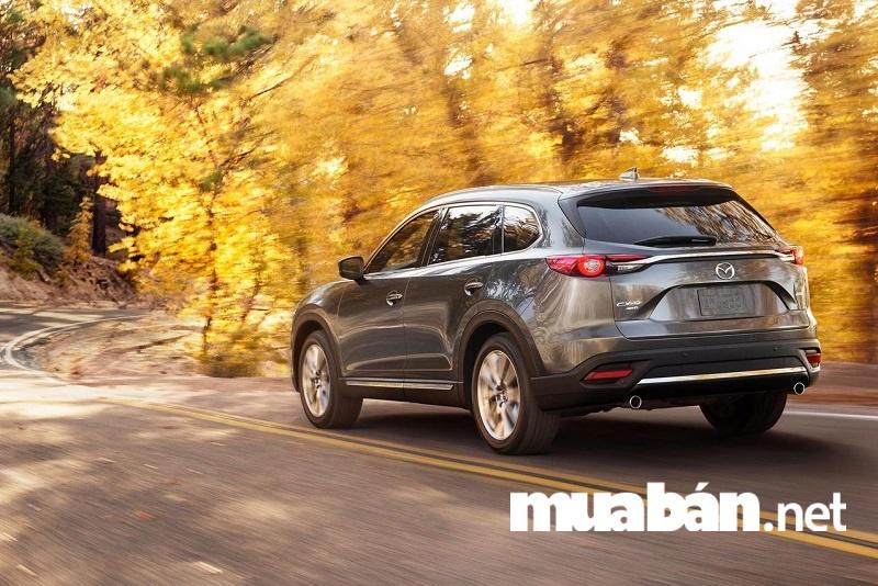 Một trong những chiếc xe hạng sang phù hợp cho nữ doanh nhân thành đạt đó chính là Mazda CX-9.