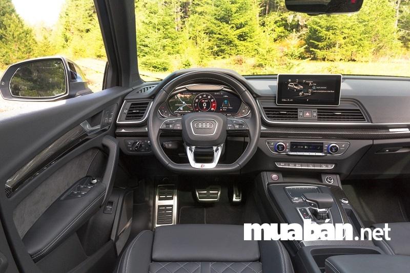Audi Q5 2018 sử dụng màn hình hiển thị dạng đứng đang thịnh hành.